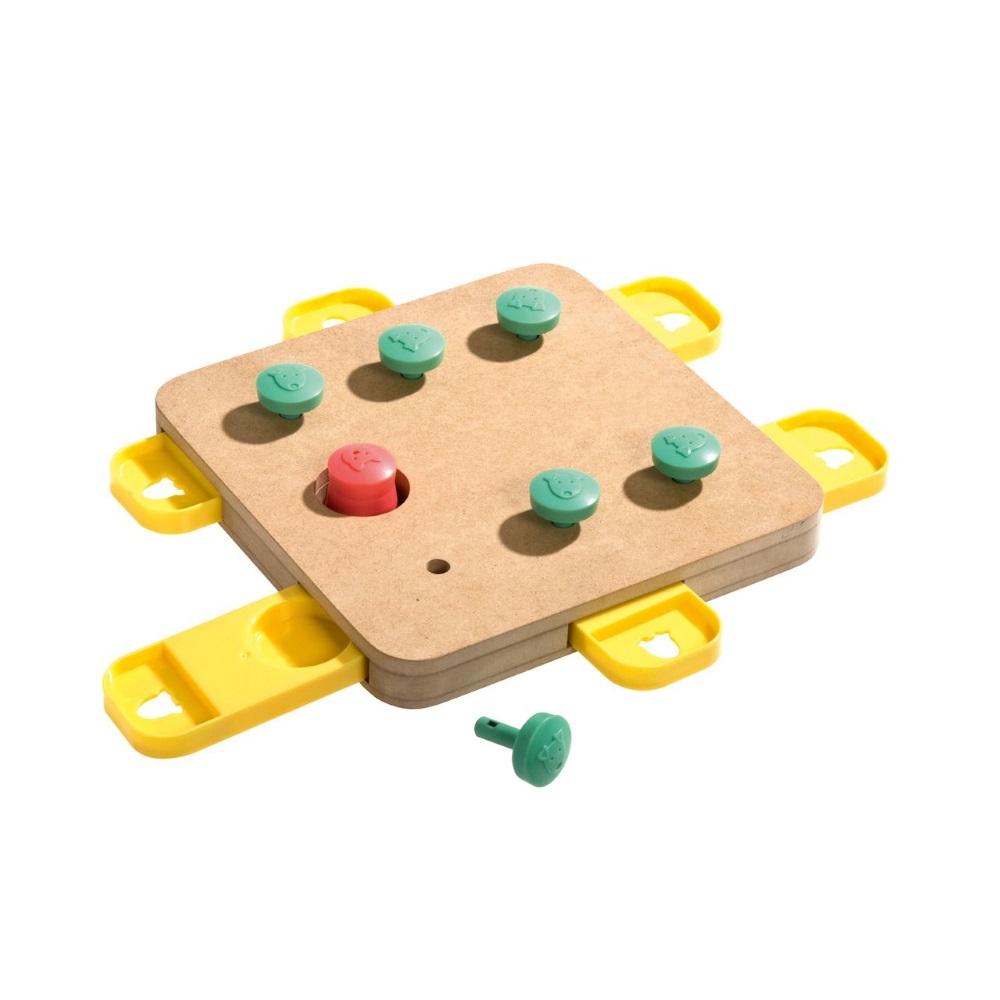 KARLIE FLAMINGO Interaktivní hračka pro psy CUBE 32x32x5 cm