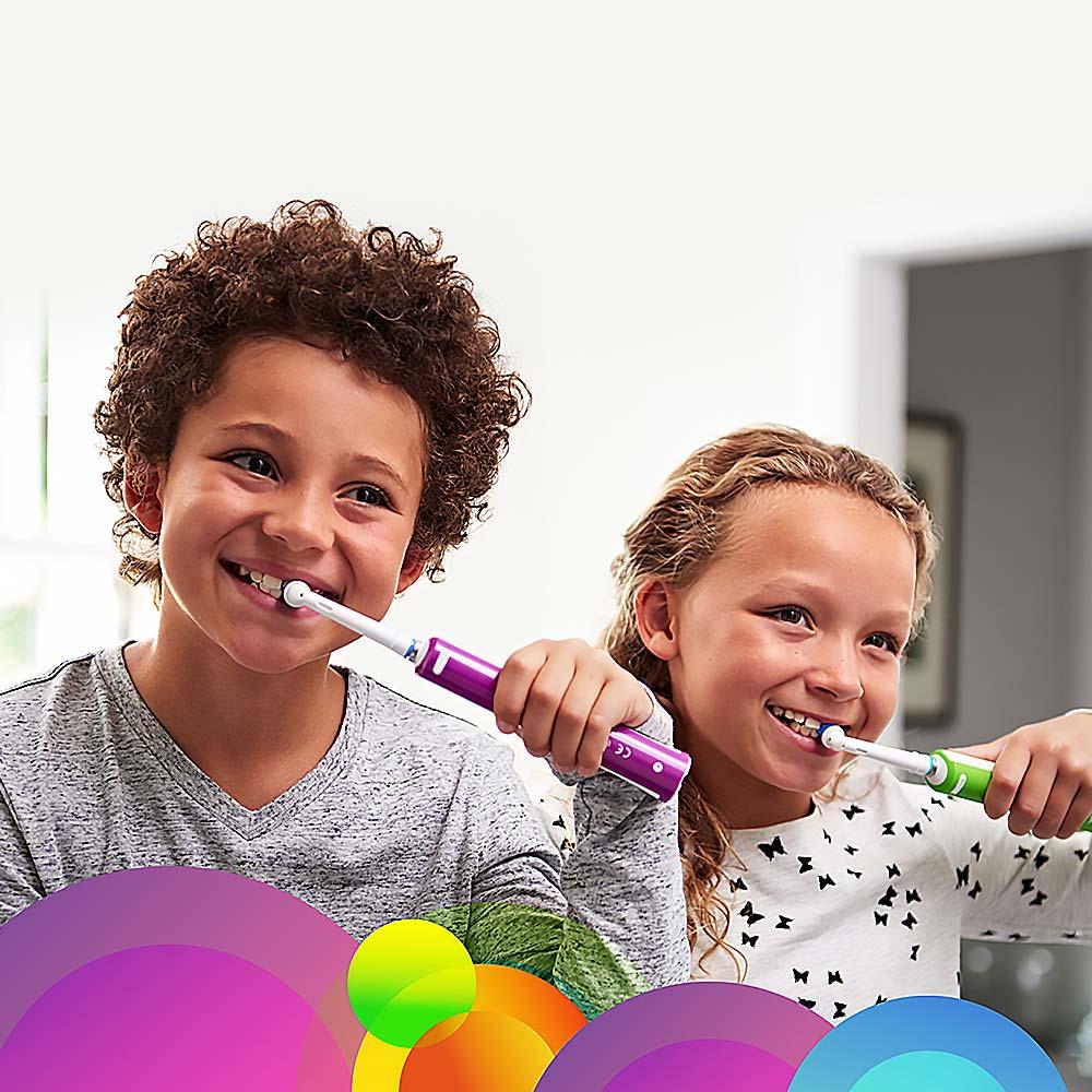 ORAL-B Junior 6+ Zelená Elektrický zubní kartáček